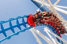 Thumbnail Adrenalin auf der Achterbahn im Themenpark