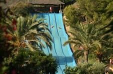 Thumbnail Schüler haben Spaß im Wasserpark