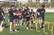 Thumbnail Aufwärmübungen beim ISC Leichtathletiktrainingcamp