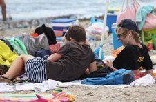 Thumbnail Teilnehmer spielen am Strand