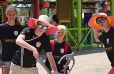Thumbnail ISC Teilnehmer haben Spaß im Freizeitpark