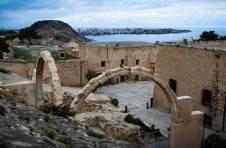 Thumbnail Teilnehmer lernen die Geschichte von Alicante
