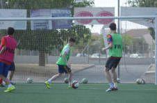 Thumbnail Fußballspiel zwischen internationalen Teilnehmern bei ISC Spanien