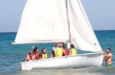 Thumbnail Hier wird mit dem Segelboot gesegelt